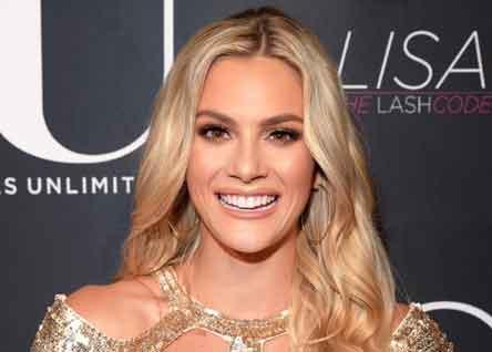 Miss EE.UU. es acusada de xenofobia