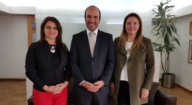 Diputadas Catalina Del Real y Sofía Cid, asisten a Serctec para perdir la creación de programas especiales para emprendedores