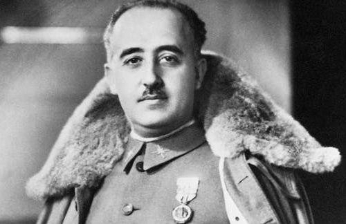 España sacará a Franco del Valle de los caídos, acción del socialista gobernante para desviar atención de la prensa tras críticas a su mandato