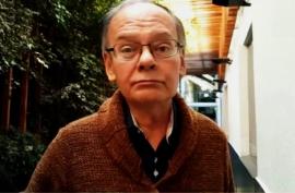 Fallecido periodista Italo Passalacqua, fue despedido con flores y pifias de regalo, por parte de sus amigos y seguidores