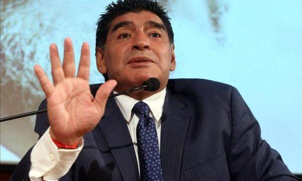 """Diego Maradona con Infobae: """"En la Argentina hay mucho careta que toma de la buena, los conozco porque yo tomaba con ellos"""""""