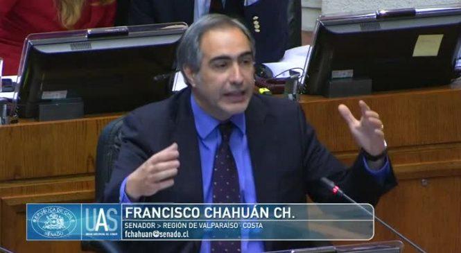 Francisco Chahuán sacó la voz y luego se arrepintió. Ahora, analiza acciones legales por filtración de sus dichos.